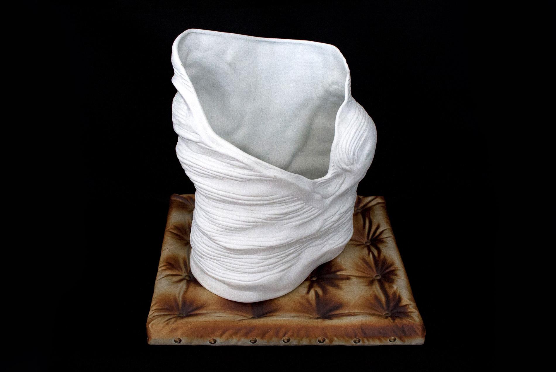 Palkó Ernő • Dialog - Terra Divina • coloured porcelain 1300 °C • 36×34×34 cm